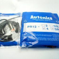 sensor 8 mil PR08 1,5 DP Metalico 3 hilos 24VDC