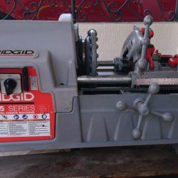"Roscadora Eléctrica Motor Reversible Modelo 535 diámetro de tubos 1/8"" a 2"" (3 mm a 50 mm), diámetro de pernos 1/4"" a 1"" (6 mm a 25 mm)"